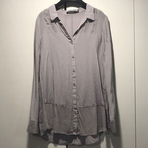 Gray/lavender silk Trouve button down tunic - S